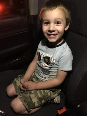 Marion County Sherriff's deputies found a little boy named Hunter wandering near Lancaster Drive and Auburn Road NE.