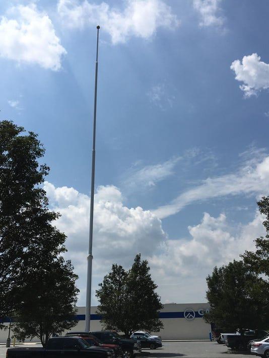 Gander Outdoors flag pole