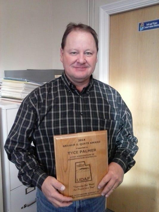 the prestigious Graham S. Quate award- Tyce B. Palmer