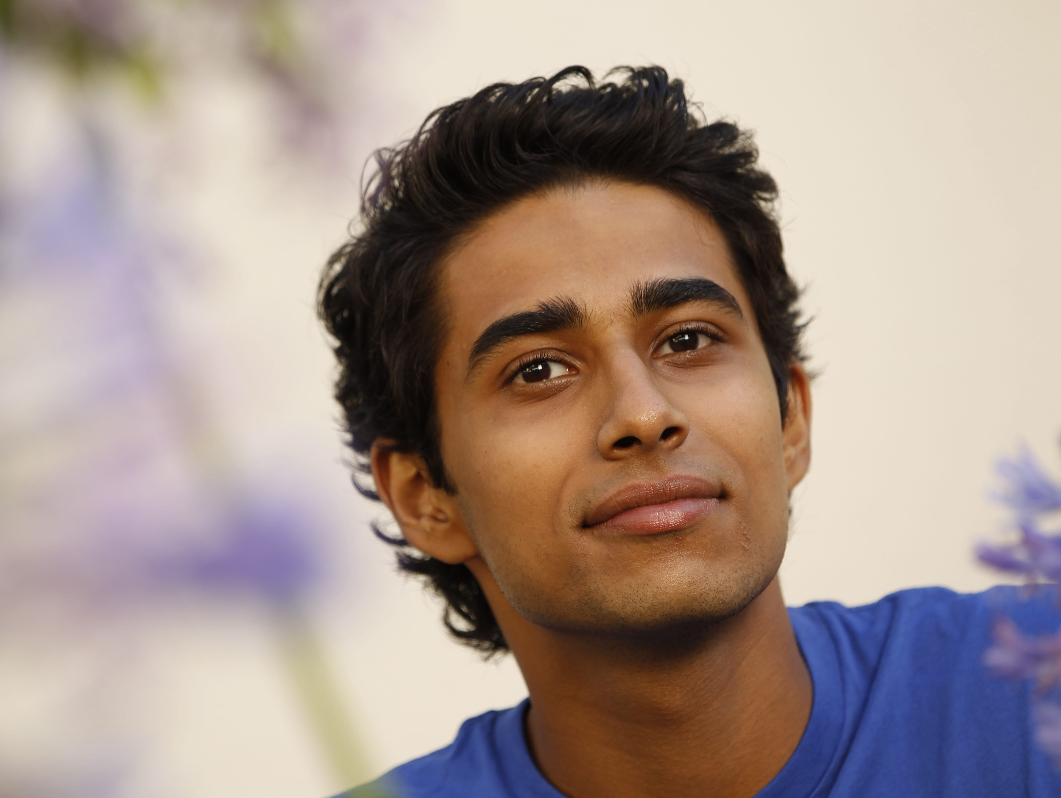 Suraj sharma breaks out in 39 life of pi 39 for Life of pi in hindi