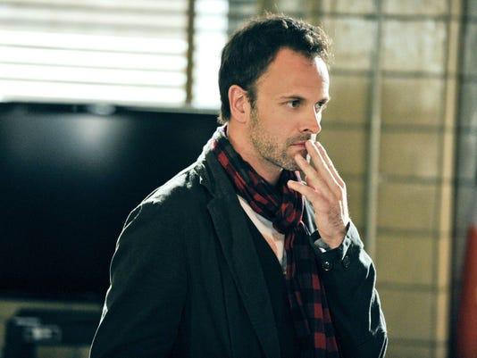 Jonny Lee Miller Sherlock Holmes