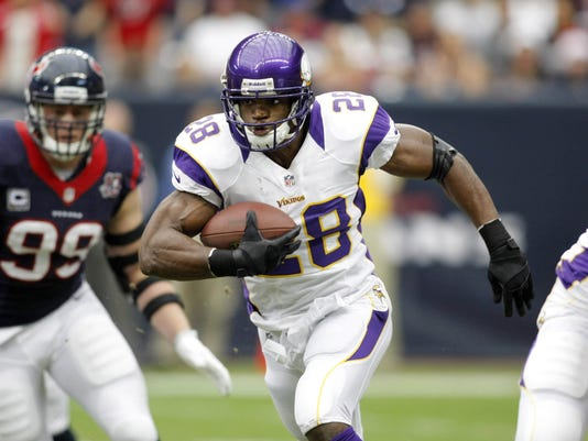 12-28-adrian-peterson