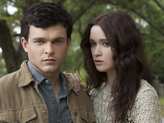 Review: 'BeautifuL Creatures'