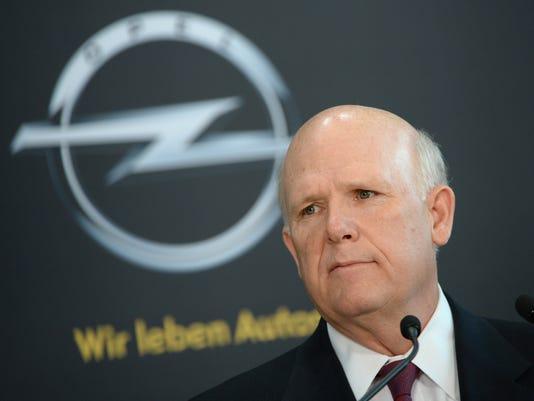 GM CEO Dan Akerson