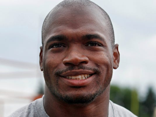 06-23-adrian-peterson