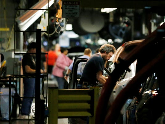 GM auto workers in Kansas City