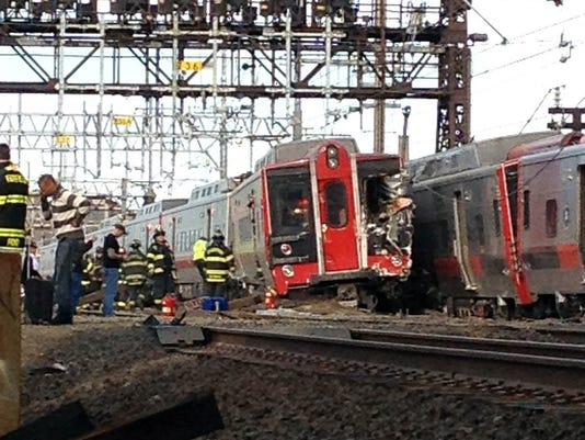 APTOPIX Trains Collide-Conn