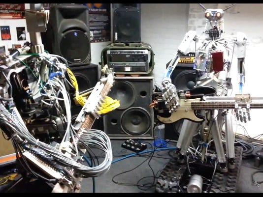 xxx_web-tv-robots-playing-motorhead--19710_535142399.jpg