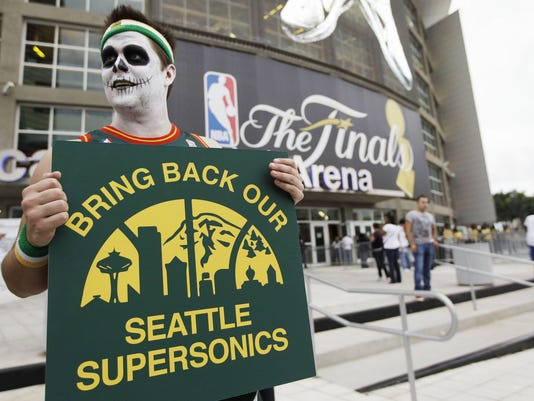 Sonics fan protests