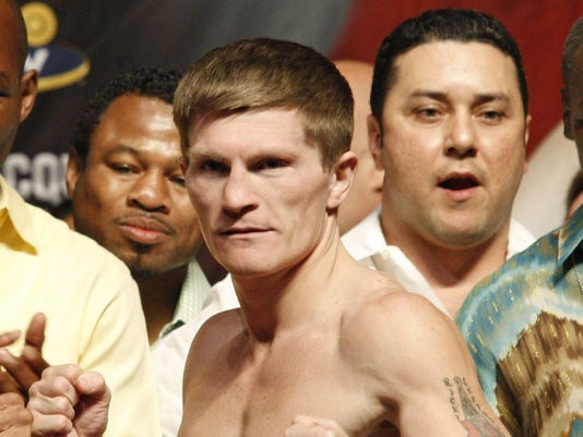 2012-09-14-ricky-hatton-comes-out-of-retirement