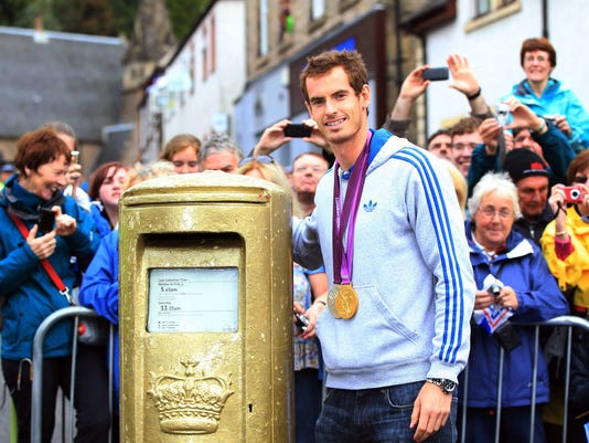 9-16-12 Andy Murray in Dunblane 2