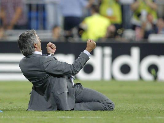 Jose Mourinho slide