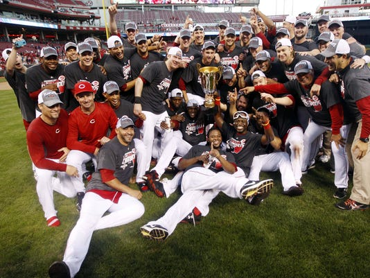 9-22-12 reds-trophy