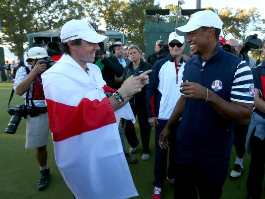 2012-09-30-tiger-woods-rory-mcilroy-ryder-cup