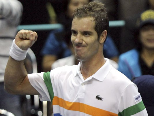2102-9-30 gasquet beats simon in thailand