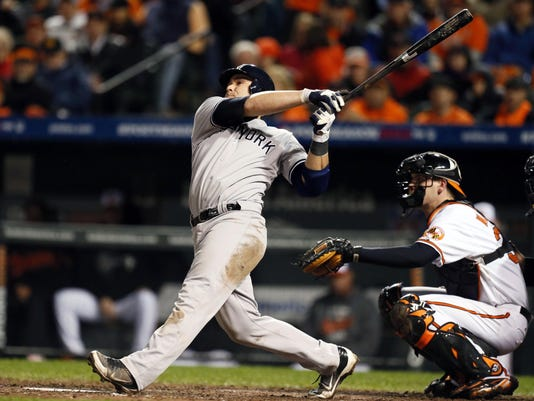 10-7-12-yankees-orioles-russell-martin