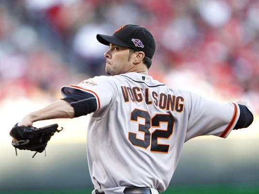 2012-10-15-vogelsong-giants