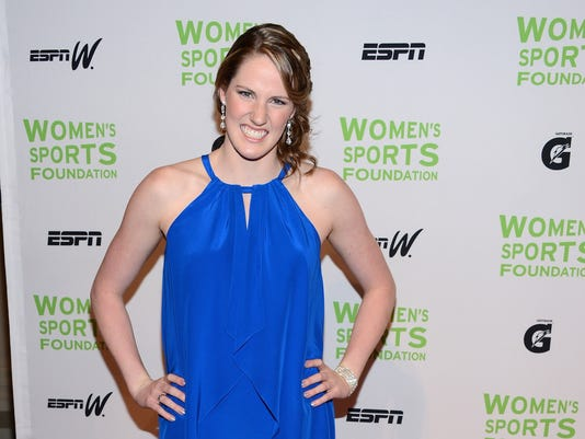 201210-17-missy-franklin-women-award