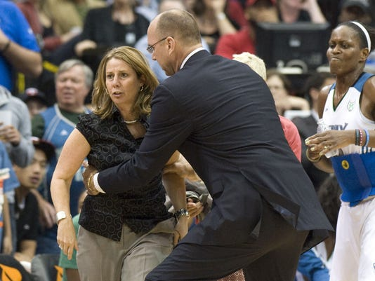 2012-10-18-WNBA