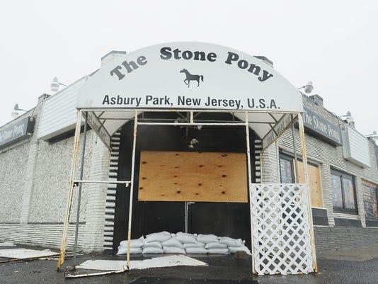 102912sandy-stone-pony.jpg