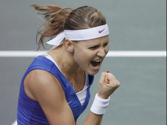 2012-11-3 safarova wins