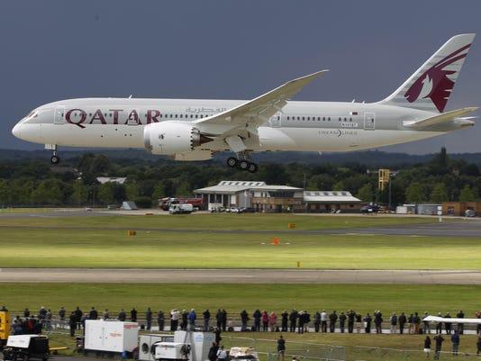 boeing 787 dreamliner qatar 2012