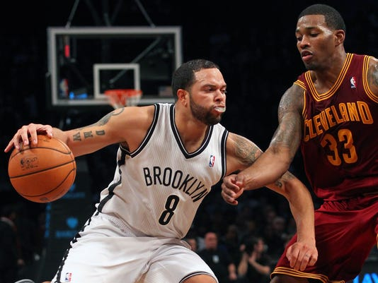 Deron Williams, Alonzo Gee