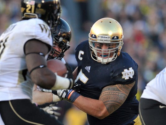 2012-11-18-manti-te'o-notre-dame-wake-forest