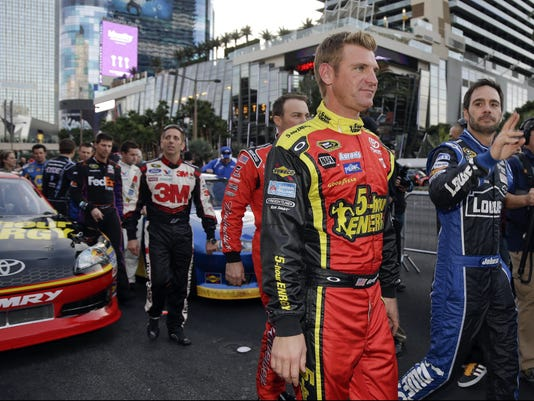 clint bowyer 11-30-2012