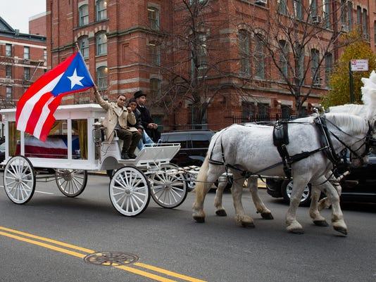 Macho carriage