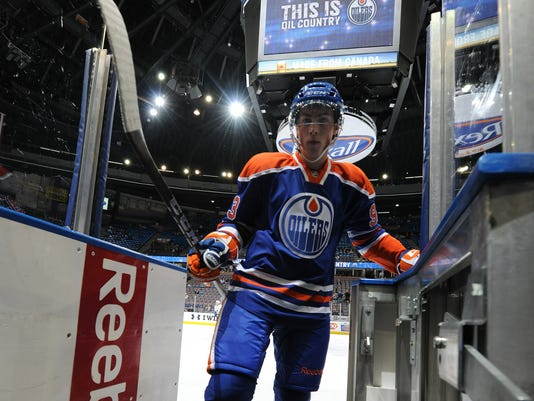 2012-12-05-oilers-arena
