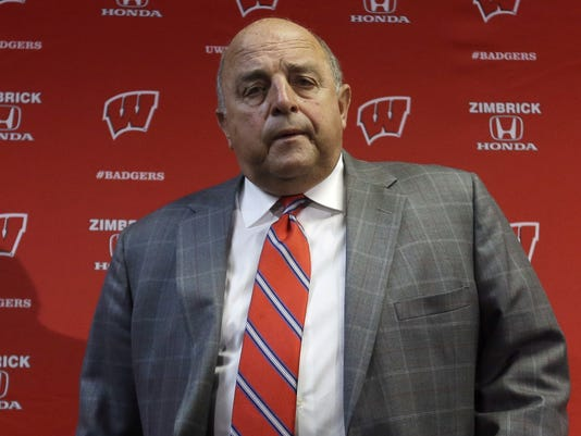 2012-12-11-barry-alvarez-wisconsin