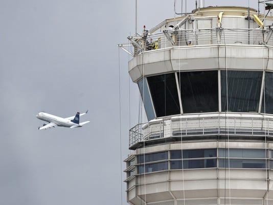 jet control tower reagan national 2011