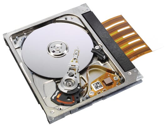 how to test hard drive out of computer