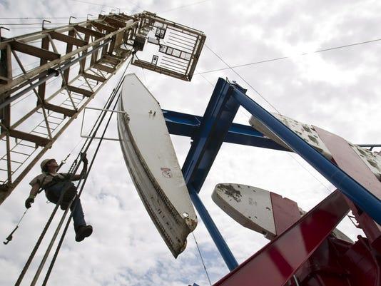 oil boom 072611