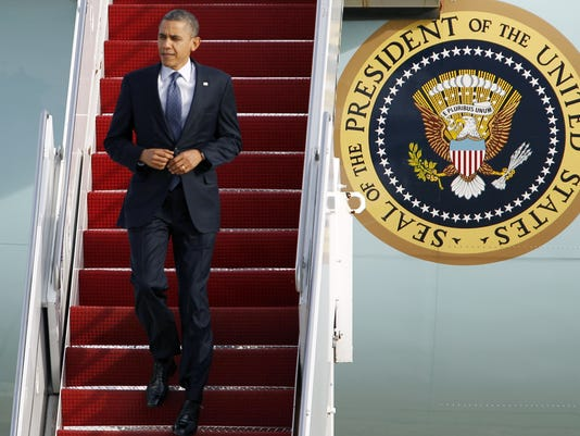 obama air force one steps 2012