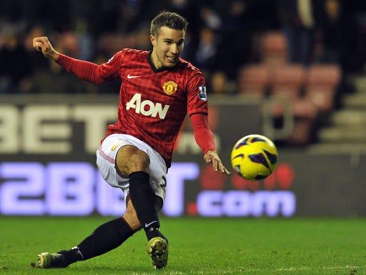 2013-1-1-manchester-united-robin-van-persie