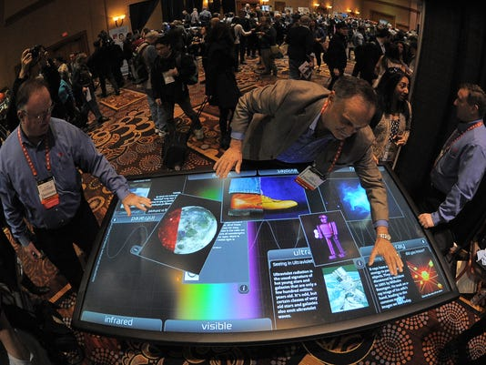 touch table ces