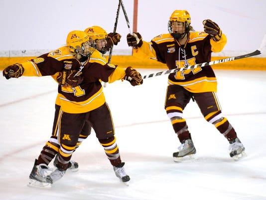 2013-1-11-minnesota-women-hockey