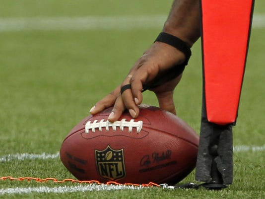 2013-01-22-nfl-first-down-line