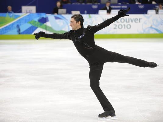 2013-1-27-evan-lysacek-skating