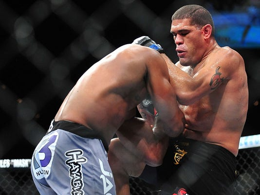 2013-02-02 Antonio Silva Alistair Overeem