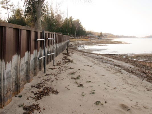 drought hits shippers on great lakes Since hitting a record-low water level two years ago, lake michigan has   experts say the swift, unexpected resurgence has provided relief to commercial  shipping,  the great lakes are the world's largest source of freshwater, and   speeds — research suggests that the catalyst of the 15-year drought.