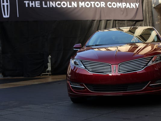 120312 lincoln mkz