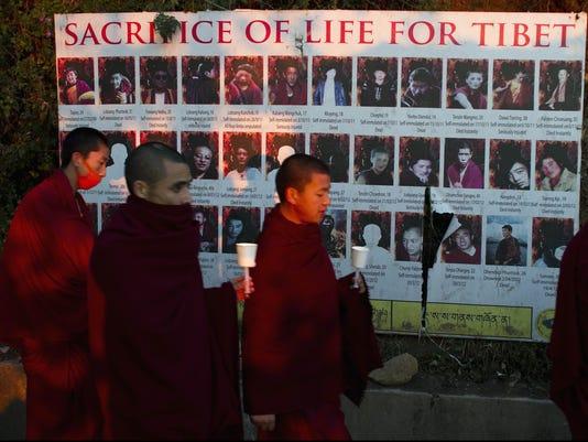 tibet buddhist monks
