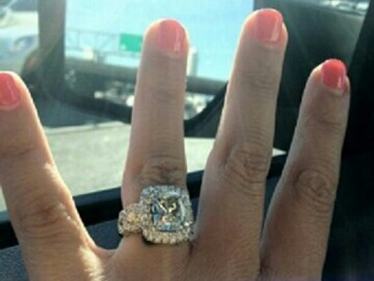 Tierra's ring