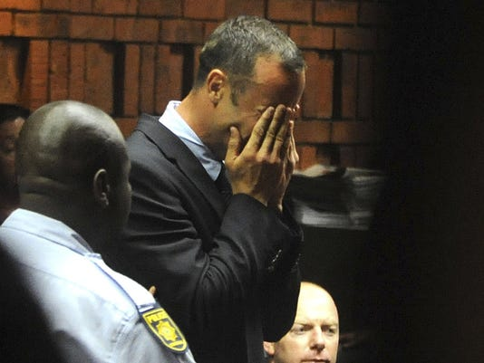 2013-02-15 Oscar Pistorius weeps in court