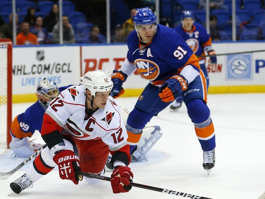 2013-02-18-staal-tavares