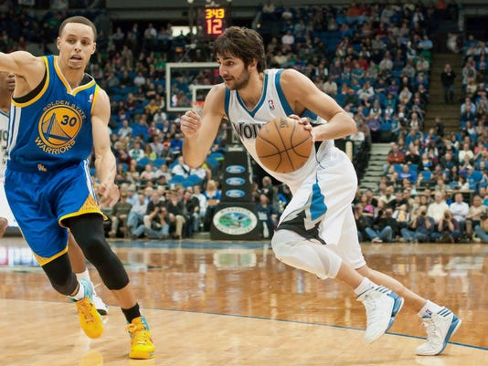 2-24-ricky-rubio-stephen-curry-warriors-timberwolves