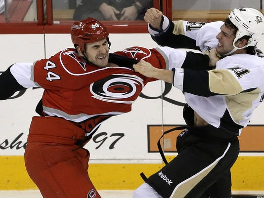 hurricanes-penguins-02-28-13